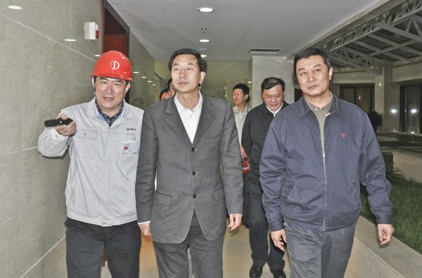 太原市党委員会副書記、市長の耿彦波ご一行はわが社所属企業へ調査