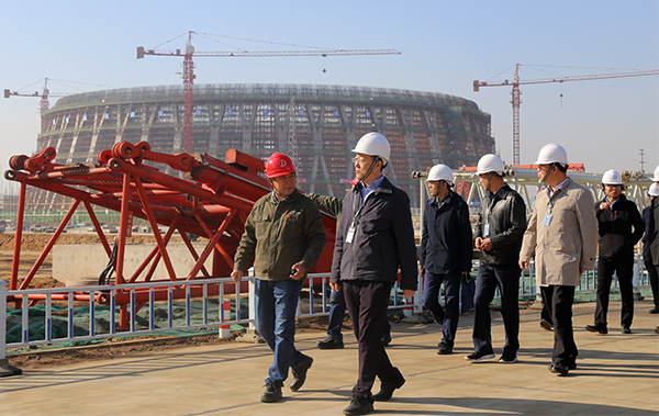 Chairman Cao Yang Observe and Inspect Construction Project