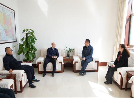 集團公司黨委書記、董事長曹陽拜訪長子縣委縣政府領導