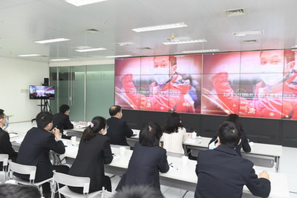 集團黨委組織集中觀看《榜樣5》專題節目